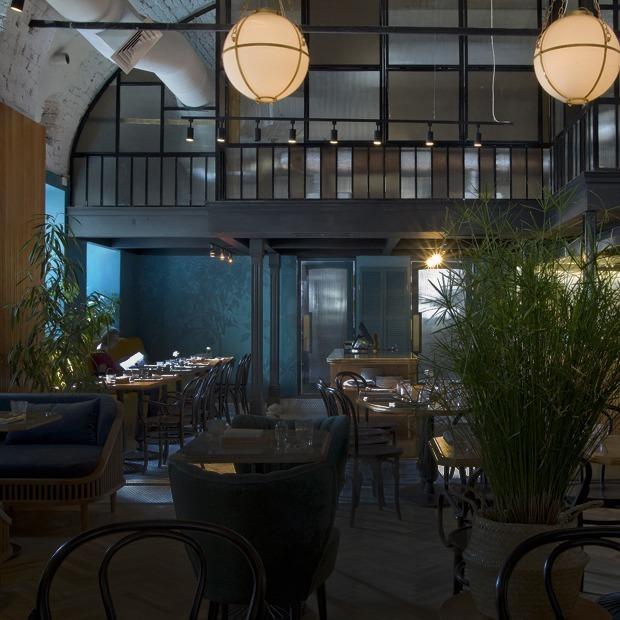 Джекфрут, корень таро и чай из свиных ребрышек в ресторане «Сойка» — Место на The Village