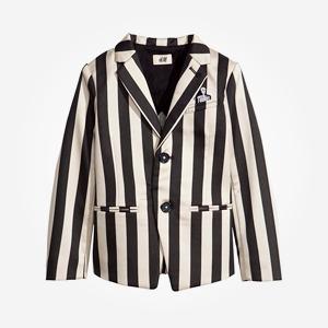 Что надеть: Куртка Barbour, платье Oh, my, кроссовки New Balance