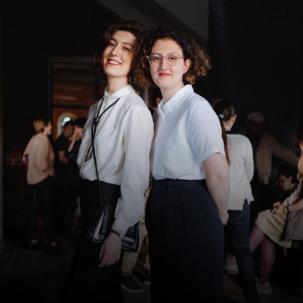 Посетители выставки «Горький. Модернизм» — Внешний вид на The Village