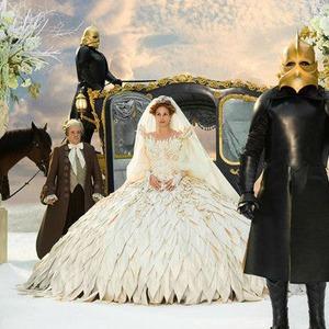 Фильмы недели: «Туринская лошадь», «Тираннозавр», «Женщина в черном», «Белоснежка: Месть гномов»