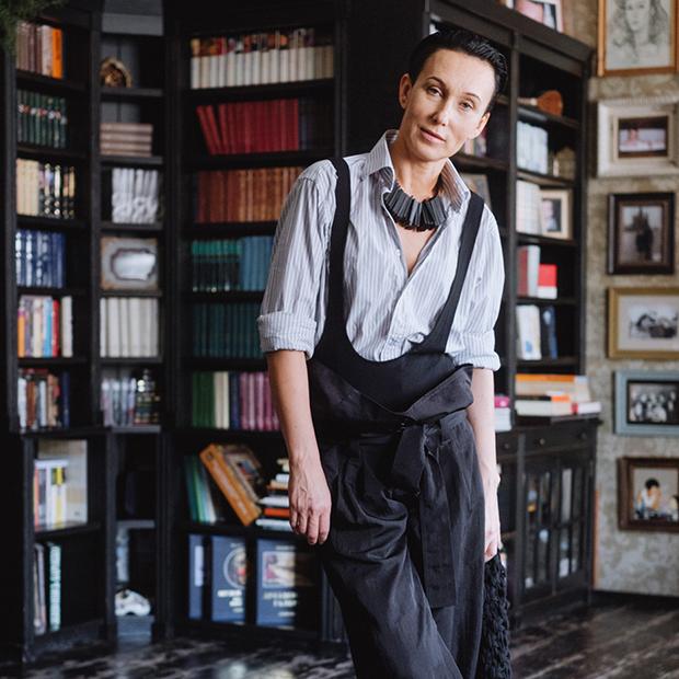 Предприниматель Жанна Шешина — о любимой одежде — Внешний вид на The Village