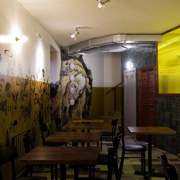 Тюремные татуировки и крафтовая пицца в Сamorra Pizza e Birra — Место на The Village