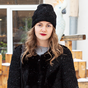 Внешний вид (Петербург): Юлия Костенюк, сотрудница «Лофт Проекта Этажи» — Внешний вид на The Village
