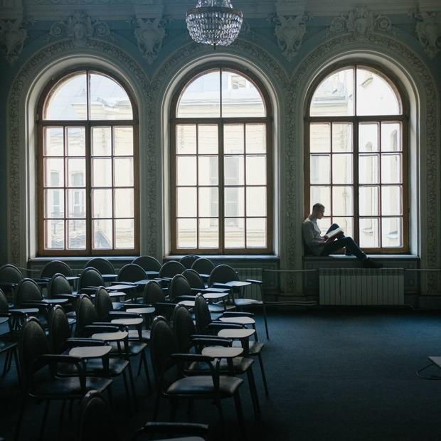 Философы Артемий Магун и Оксана Тимофеева — о гиперсексуализации россиян — Что нового на The Village