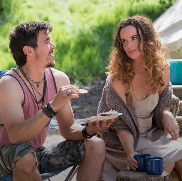 «Кемпинг» Лены Данэм: Почему ремейки не нужны — Сериалы на The Village