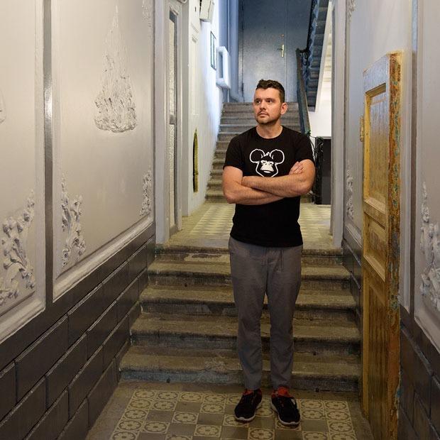 Я отремонтировал парадную исторического дома в Петербурге — Личный опыт на The Village
