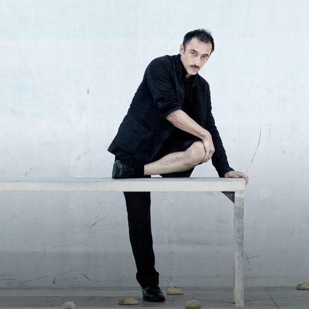 Димитрис Папаиоанну: «Зритель не должен понимать мои идеи» — Театр на The Village