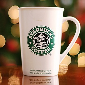 Люди в городе: Первые посетители Starbucks в Стокманне — Галереи на The Village