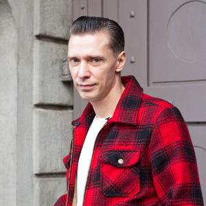 Внешний вид: Олег Гитаркин, фронтмен Messer Chups — Внешний вид на The Village
