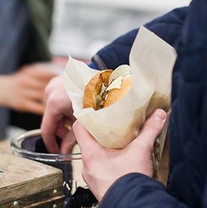 Первый Городской маркет еды сезона — Фоторепортаж на The Village