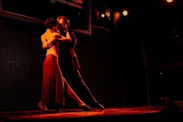 От contemporary до мазурки: Где научиться танцевать в Иркутске  — Гид The Village на The Village