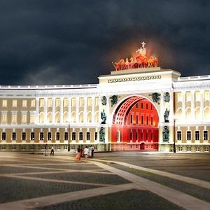 На ночь глядя: 12 проектов подсветки Главного штаба — Архитектура на The Village
