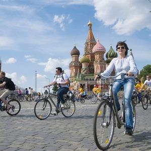 Велопарад Let's bike it!: Чего не хватает велосипедистам в городе — Люди в городе на The Village