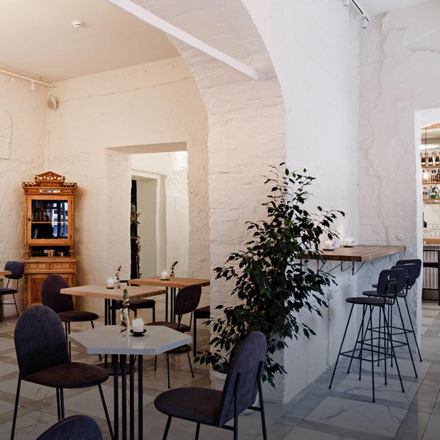 «Ладо»: Бистро в старом особняке для уставших горожан — Место на The Village