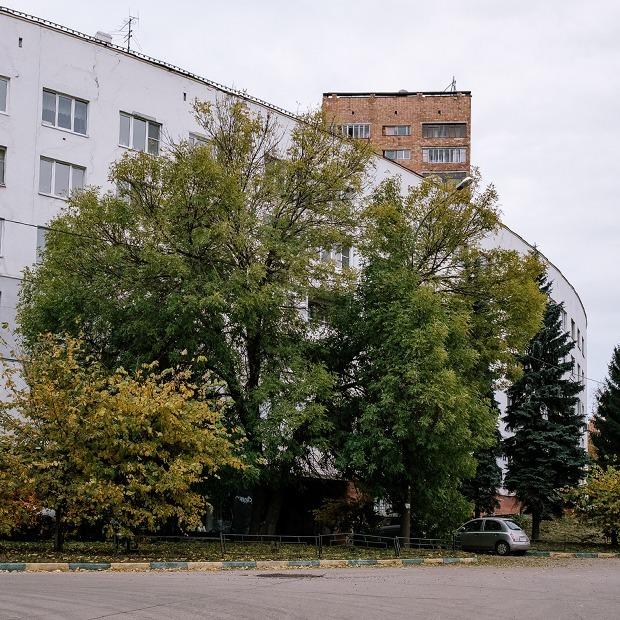 Я живу в белом радиусном доме на Федоровского — Где ты живёшь на The Village
