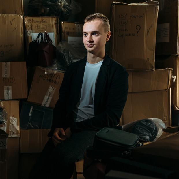 Arny Praht: Как создавался популярный бренд сумок из экокожи — Предприниматели на The Village