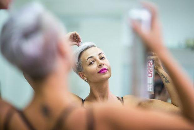 Радуга в волосах: Иркутянки о жизни с прической повышенной яркости — Люди в городе на The Village