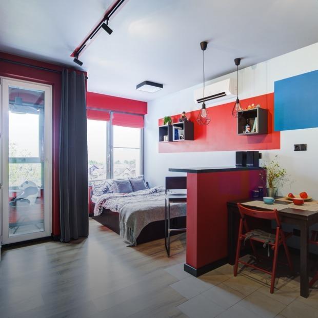 Цветной минимализм в студии для двоих — Квартира недели на The Village