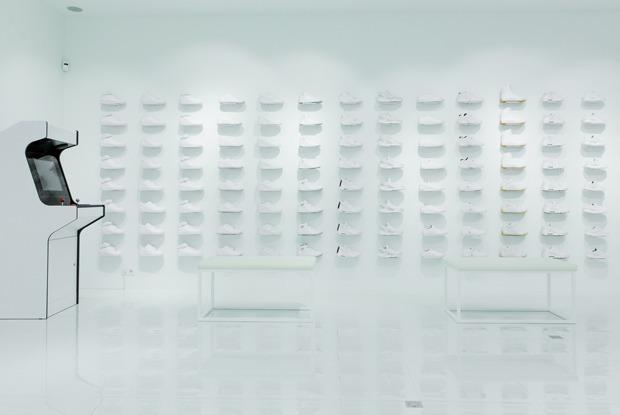 Sneaker White на Покровке — Магазины на The Village