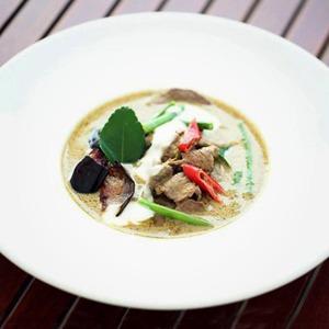 Рецепты шефов: Говядина в зелёном карри — Рецепты шефов на The Village