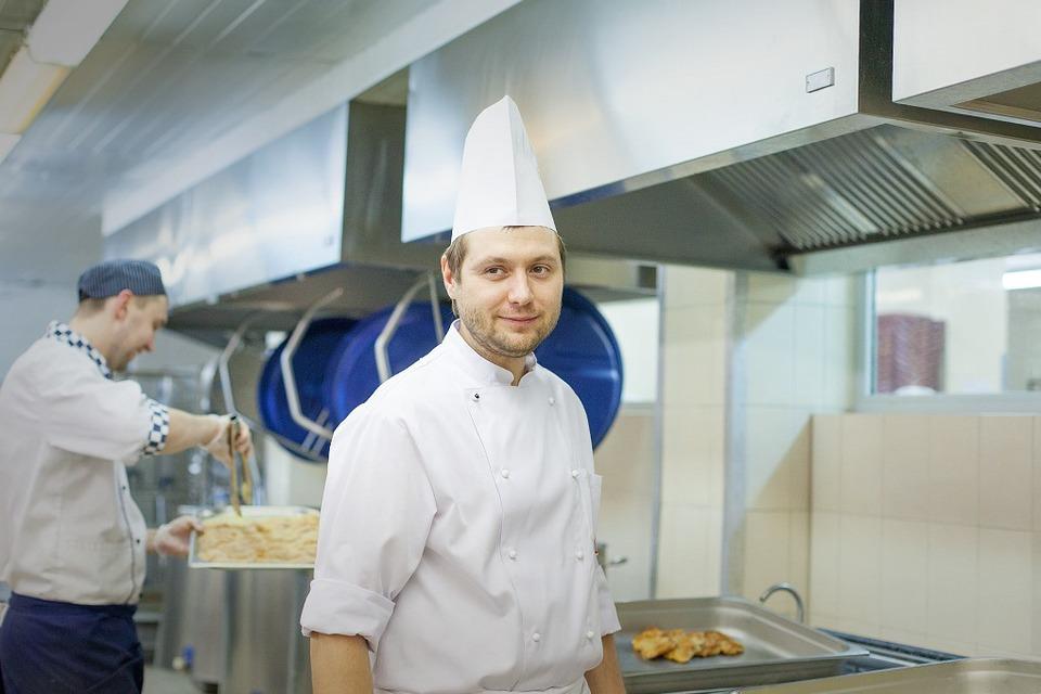 Производственный процесс: Как готовят кошерные обеды для авиапассажиров — Как это работает на The Village