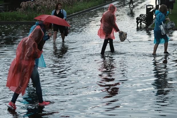 Очередной потоп в Москве — Галереи на The Village