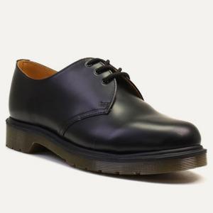 Чем топтать осень: 9 пар мужских ботинок