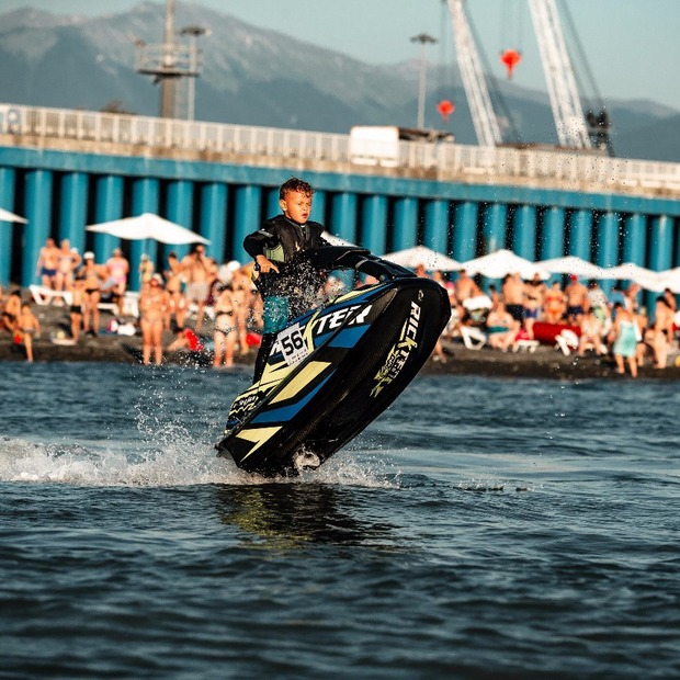 Фестиваль спортивных аквабайков JetCamp в Сочи — Фоторепортаж на The Village