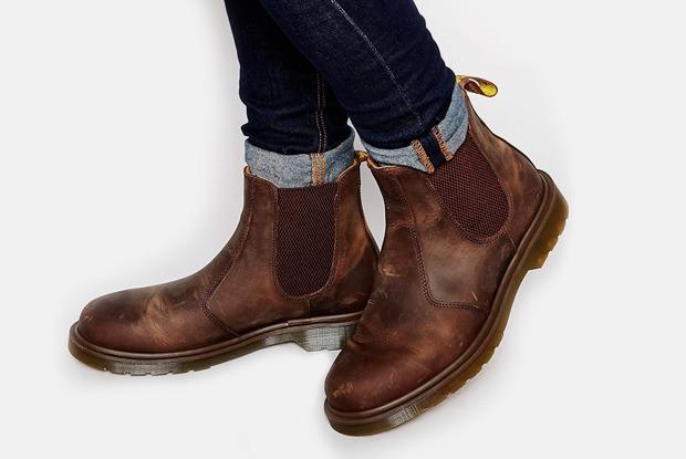 22 пары мужской обуви на зиму