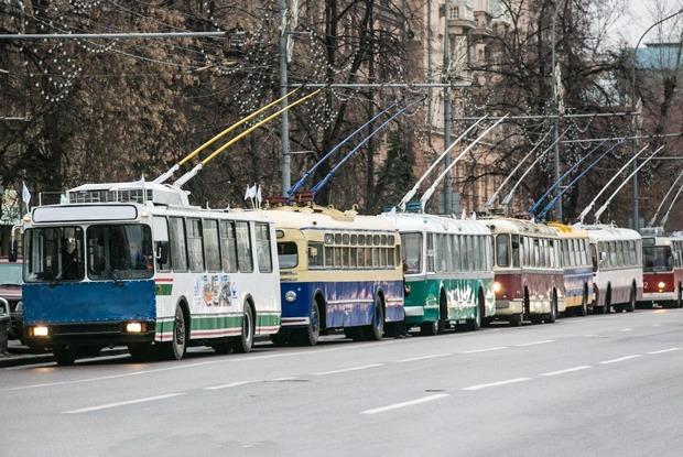 Кто и почему пытается спасти московские троллейбусы? — Комментарий на The Village
