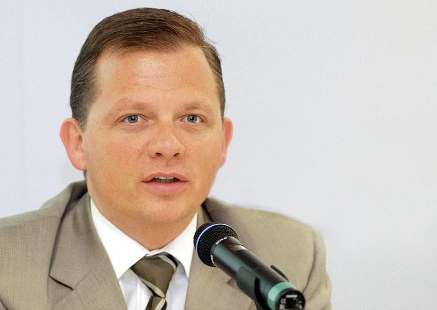 Маттиас Кронер (Fidor): Интернет-банк не нуждается в менеджерах, офисах и других пережитках прошлого — Эксперимент на The Village