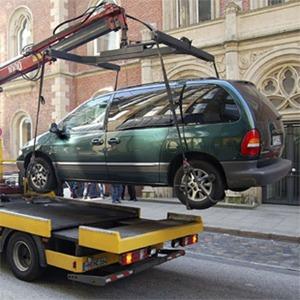 Платную эвакуацию машин в Петербурге могут отменить — Ситуация на The Village
