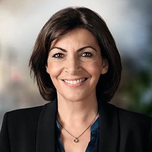 Как Анна Идальго стала первой женщиной на посту мэра Парижа — Клуб мэров на The Village