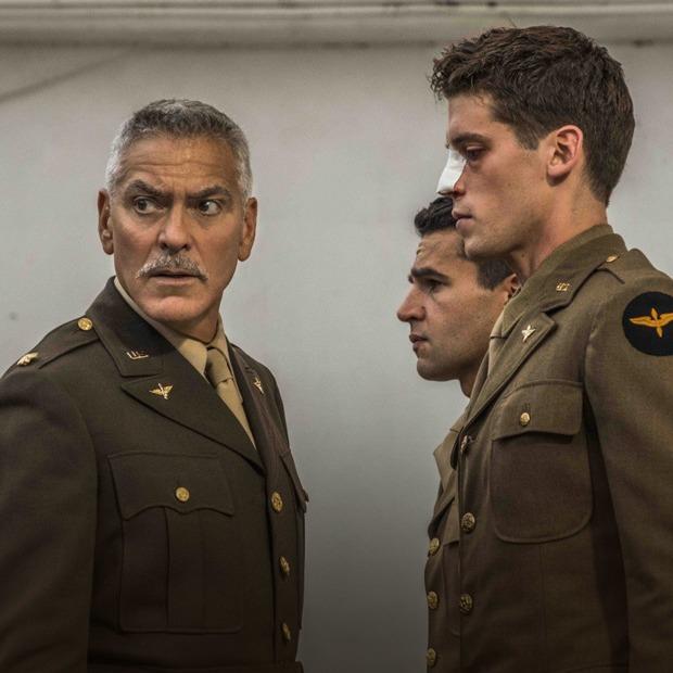 «Уловка-22»: Старомодная военная сатира Джорджа Клуни по Джозефу Хеллеру  — Сериалы на The Village