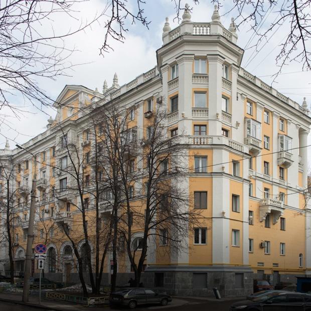 Я живу в «Доме с башенками» у Белорусского вокзала — Где ты живёшь на The Village