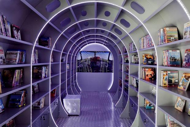 Как выглядит самая модная библиотека Петербурга М-86 — Фоторепортаж на The Village