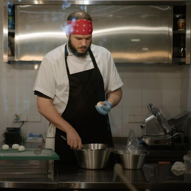 MØS: Какие обеды готовят себе сотрудники одного из главных ресторанов Москвы — Индустрия на The Village