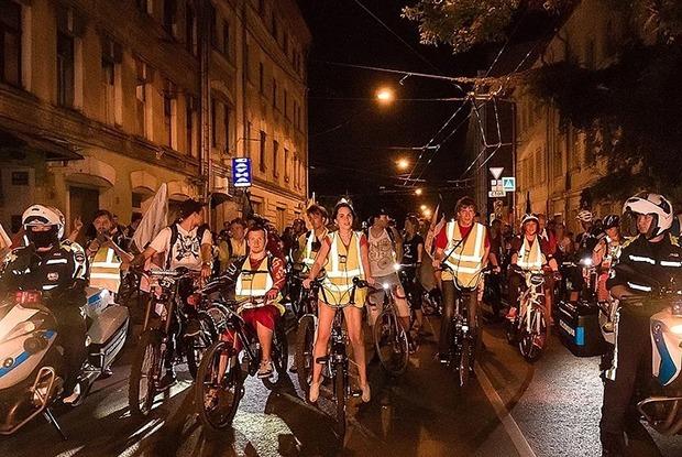 Чем заняться на первой иркутской международной Велоночи  — Гид The Village на The Village