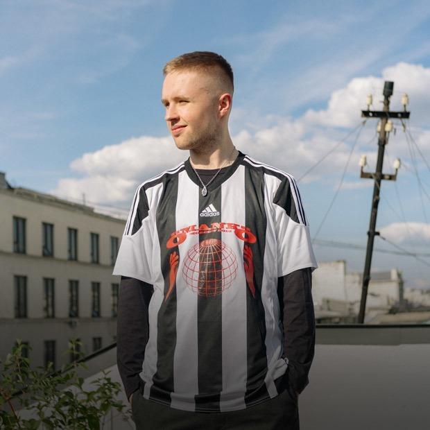 Как парень из Казахстана бросил школу и создал самое успешное медиа об уличной культуре в Москве — Истории на The Village