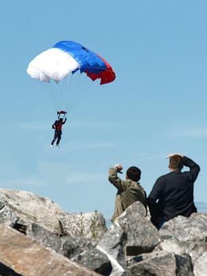 Подавляющее большинство: Каково жить в России в 2014 году  — Как это работает на The Village