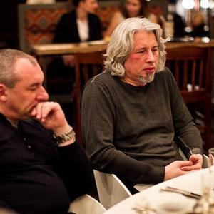 Разговоры на ужине: Эмиграция — Ужины в баре Strelka на The Village
