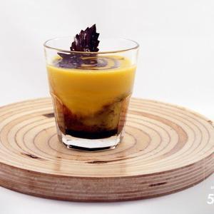 Рецепты шефов: Суп-пюре из тыквы с бальзамическим кремом