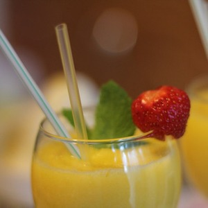 Мангово-ананасовый смузи