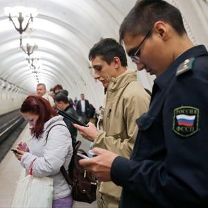 «Синдром постоянного нахождения онлайн»: Как смартфон и планшет поменяли жизнь горожан
