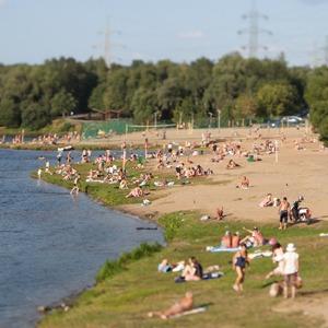 Лучше поздно, чем никогда: Восемь московских пляжей — Гид The Village на The Village