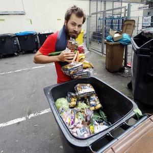 Зачем европейские студенты едят из мусорок — Иностранный опыт на The Village