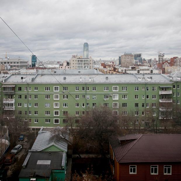«Я живу в первом блочном доме Свердловска» — Где ты живёшь на The Village