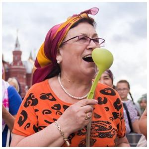 Шествие бабушек на Тверской — Фоторепортаж на The Village