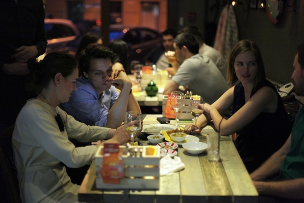 Дело Beirut: Что нужно знать о войне СК с маленьким петербургским кафе — Ситуация на The Village