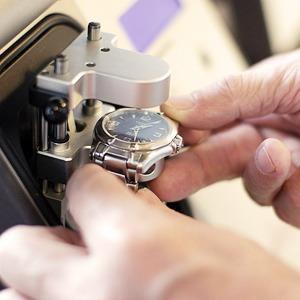 Гид The Village: Где починить часы — Услуги и покупки на The Village